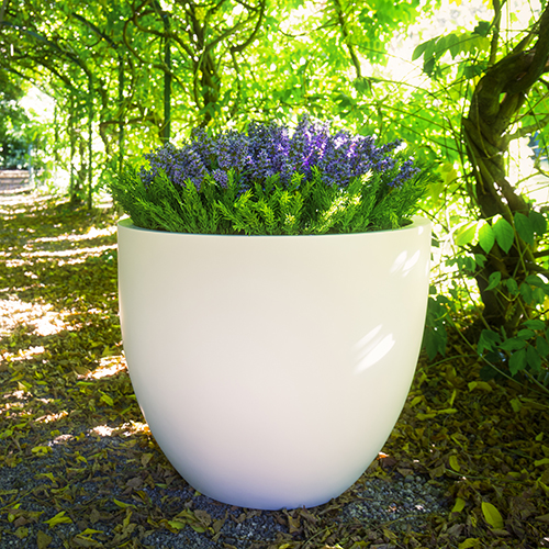 BRADWELL PLANTER in white by Europlanters
