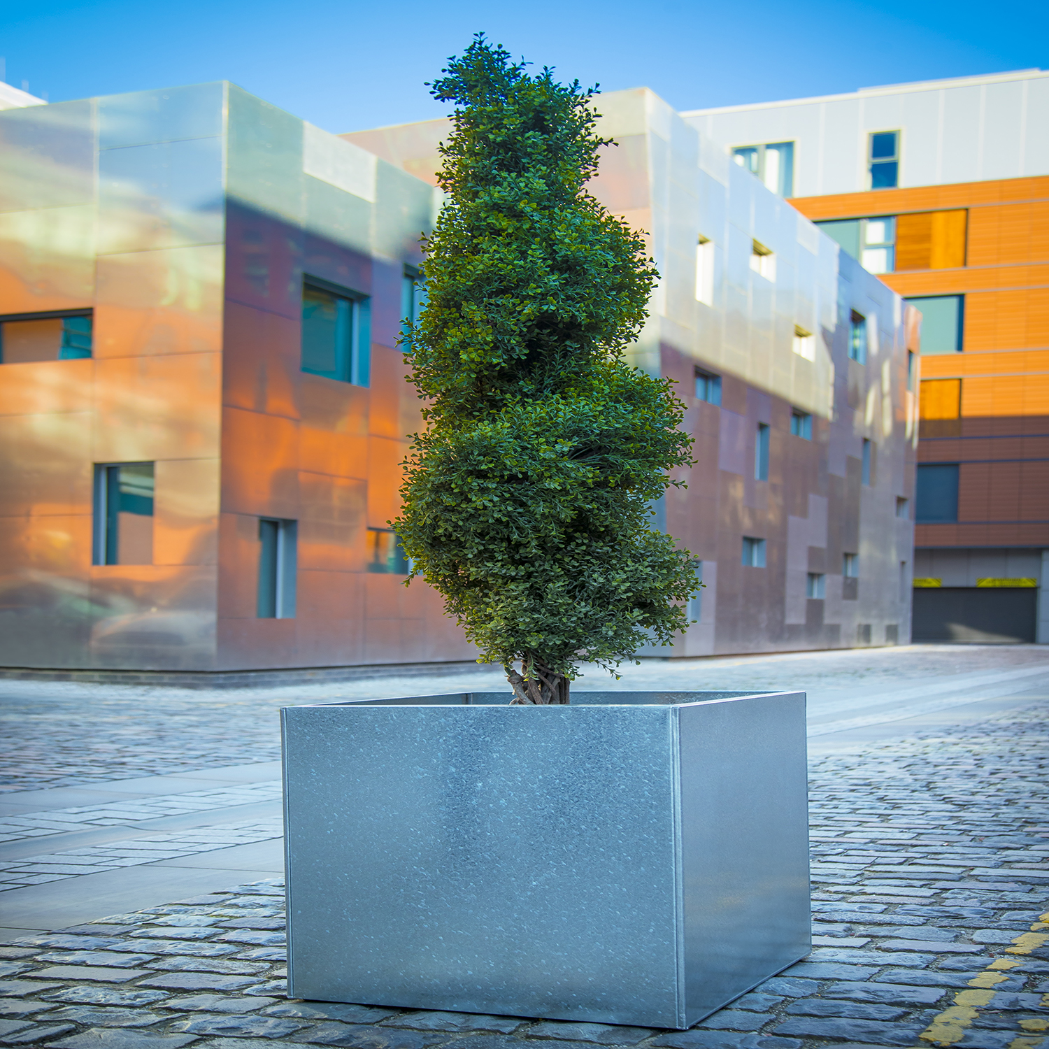 Metal Planters by Europlanters