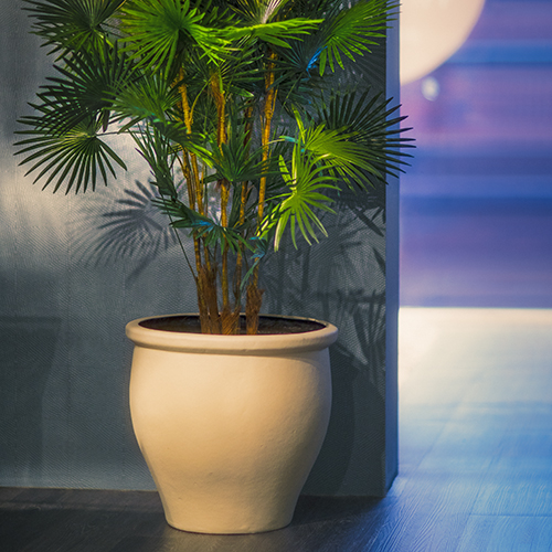 KAM POT planter by europlanters