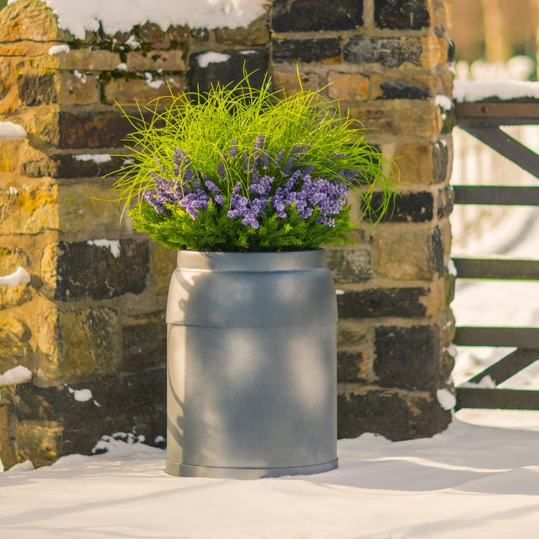 Milkkans-medium-planter-by-Europlanters