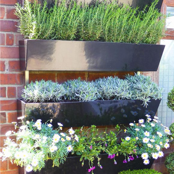 Wall Garden by Europlanters