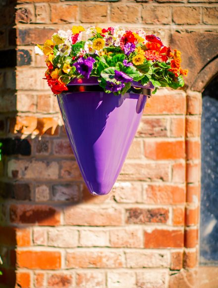 wall-cone-CONBW-planter-by-euoplanters