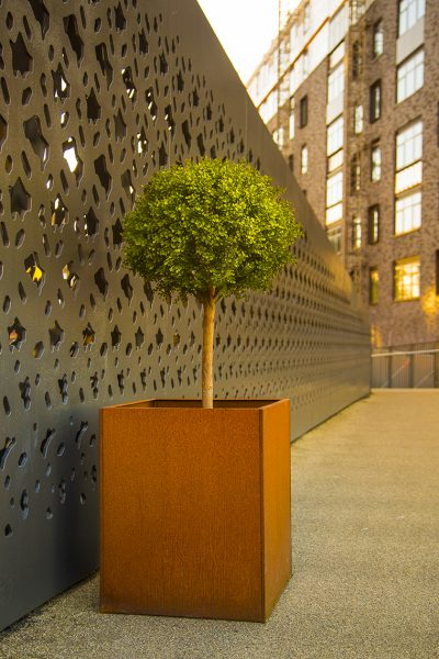 CORTEN TALL SQUARE Metal Planter